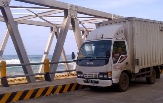 Truking Cargo Tangerang termurah, insan cargo tangerang