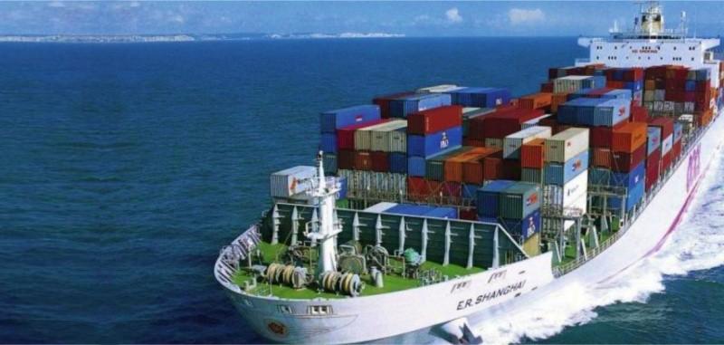 Kargo logistik antar pulau di Indonesia